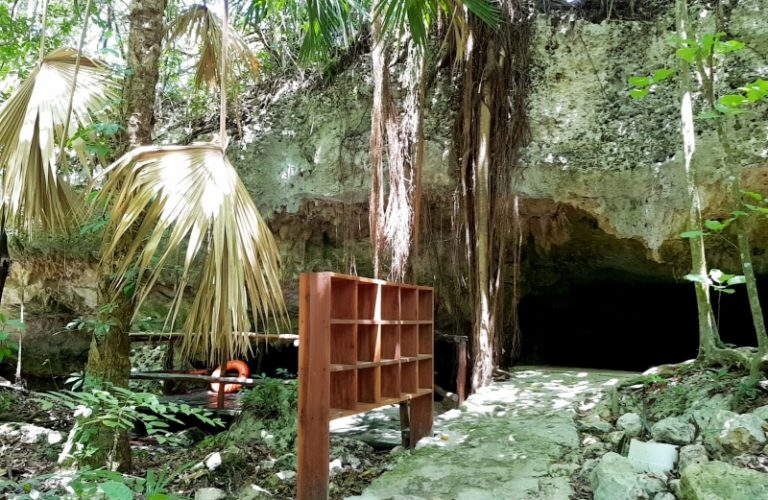 Way_to_Cave