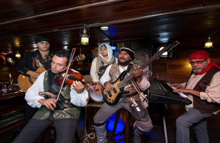 live-music-pirate-show-jolly-roger9-1-w1144h640